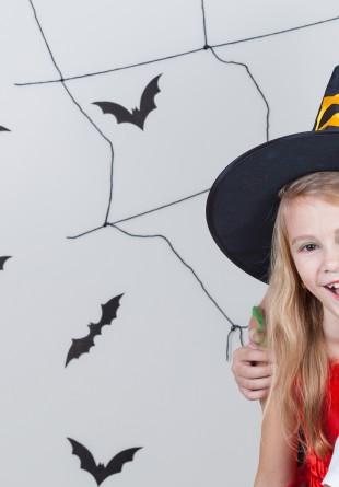 Invitație specială la Parada Vrăjitoarelor!