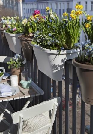 Idei pentru amenajarea unei terase chiar în balcon