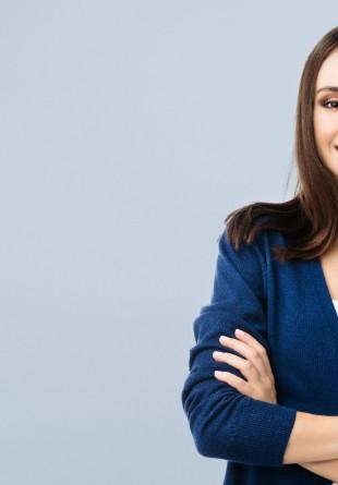 5 produse esențiale pentru un look fresh la birou